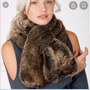 Stella and Dot faux fur scarf